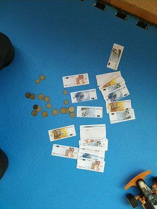 billetes y monedas de juguete