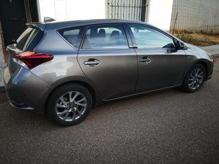 Toyota Auris 2017