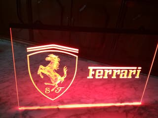 Cartel luminoso ferrari