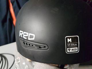 Casco Red snowboard ski