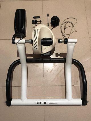 Rodillo entrenamiento bicicleta bkool