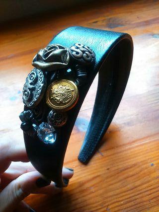 Diadema botones
