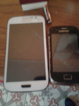 dos móviles para piezas