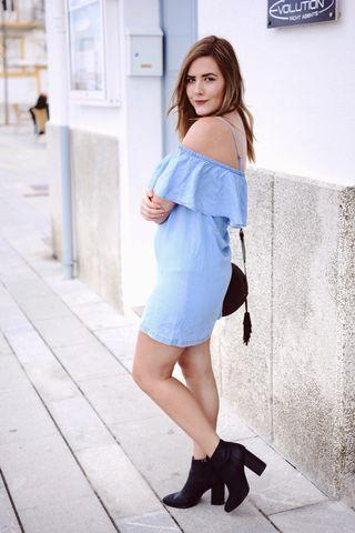 Vestido urban outfitters azul