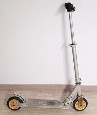 Patinete Oxelo rueda amarilla