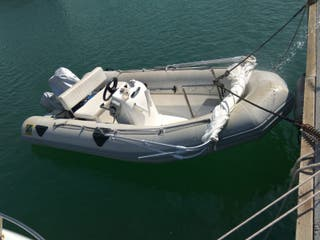 barca zodiac 430