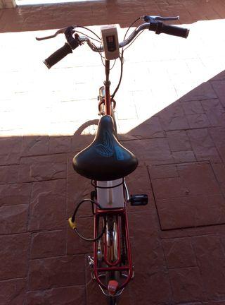 Bicicleta eléctrica plegable ruedas nuevas