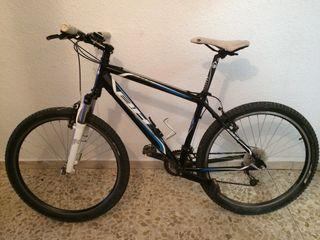 Bicicleta de montaña BH Over X