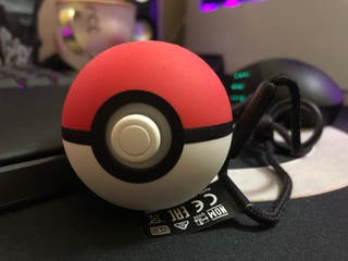 Poke ball plus Nintendo Switch mando