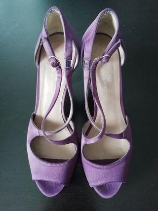 Zapatos Gloria Ortiz, num. 37