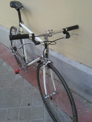 Bicicleta de carretera Macario