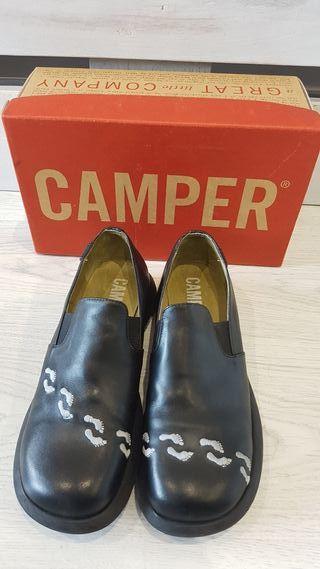 Mano De En Wallapop Provincia Camper La Segunda Zapatos Guipúzcoa ybf76gvY