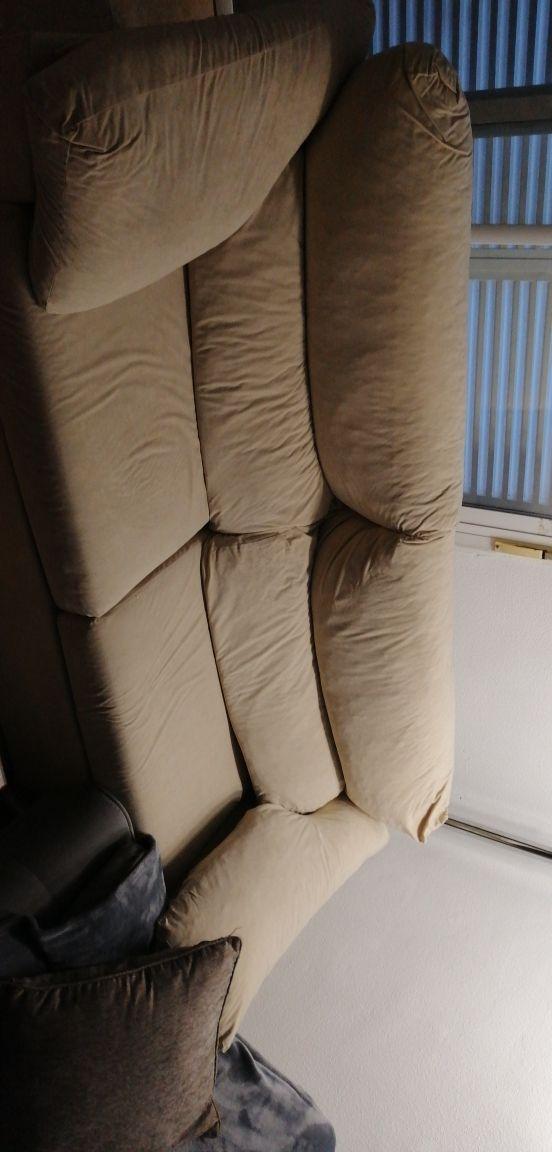 Sofá cama de terciopelo