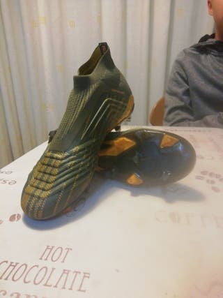 Botas de fútbol (Adidas)