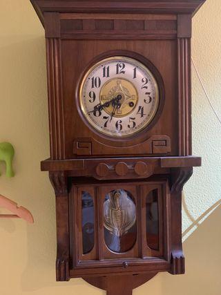 Reloj digital de pared de segunda mano en Bilbao en WALLAPOP