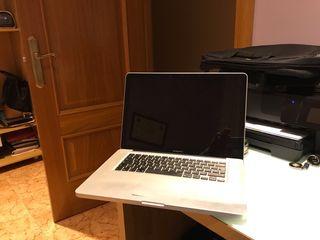 MacBook 15 pro.