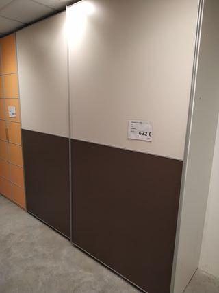 Armario puertas correderas exposicion tienda