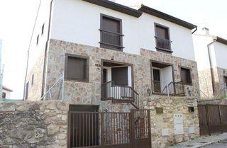 Villa en venta en Redueña