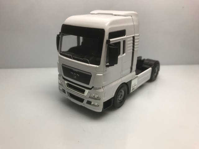 Maqueta camión Man cabeza tractora 1/50 joal