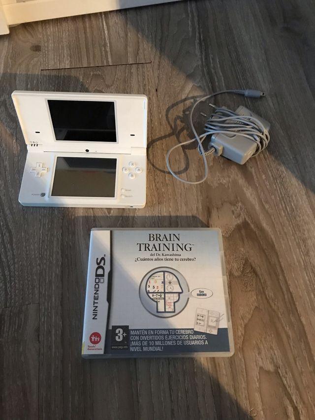Nintendo DS y juego