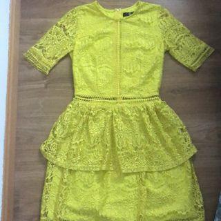 Vestido de encaje Amarillo. Mas ropa en mi perfil