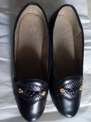 Zapatos de señora número 35