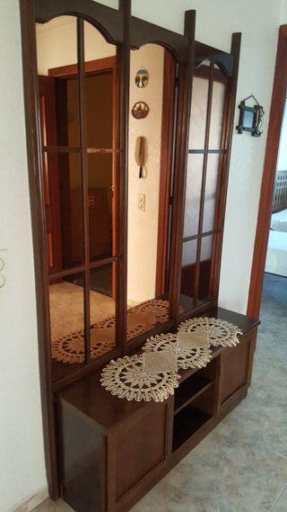 mueble recibidor con espejo grande