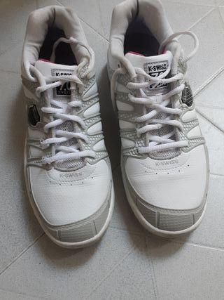 Zapatillas de deporte pádel K-SWISS.