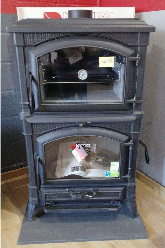 Estufa de leña con gran capacidad de horno