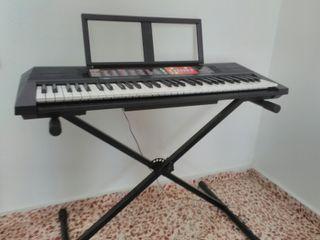 órgano de teclado yamaha