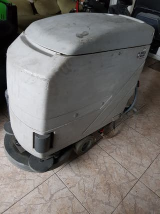 fregadora nilfisk sin baterias perfecto estado