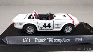 Triumph TR6 escala 1/43