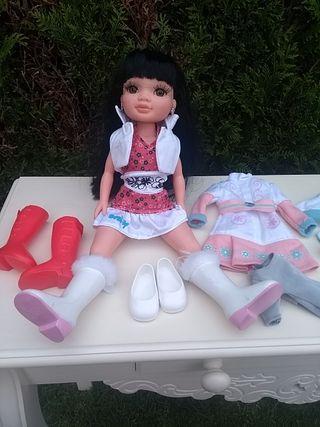 lote muñeca Nancy susily