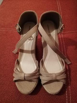 sandalia cuña mujer