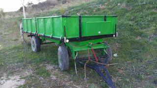 Remolque agricola basculante para 8.000 kg