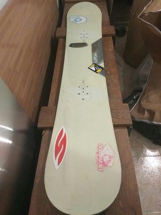 Se vende tabla snowboard