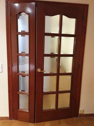 1 puerta doble madera sapely con vidriera