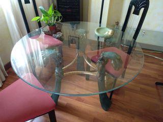 Mesas de cristal y bronce