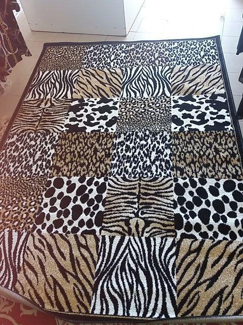 alfombra animal print tigre cebra