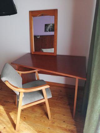Mesa+silla+espejo