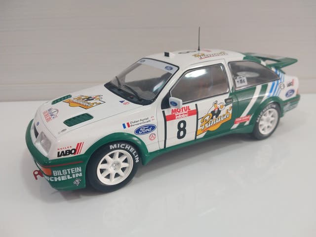 1/18 Russell Brooks - Ford Sierra Cosworth - Rally of the Lakes 1989  I809245257