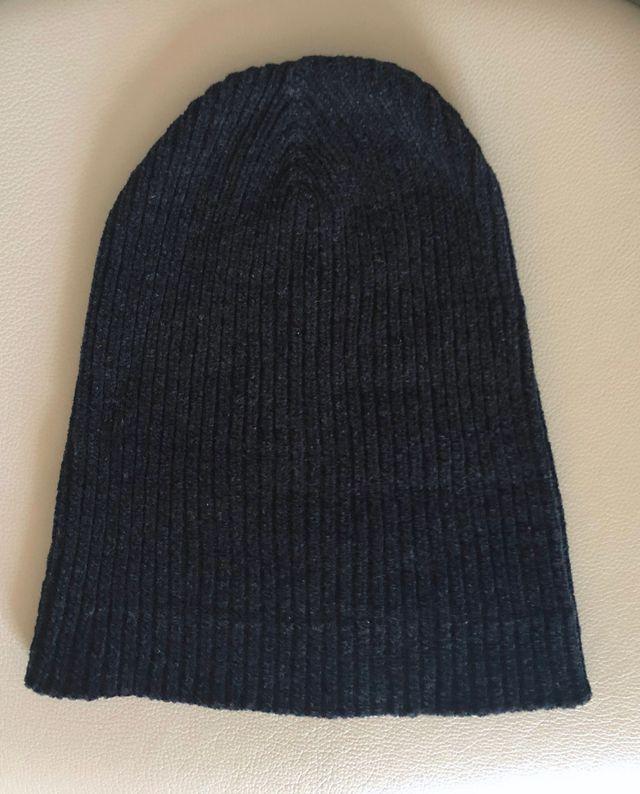 bonnet noir en laine polyamide velours T. Unique