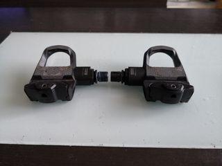 pedales look