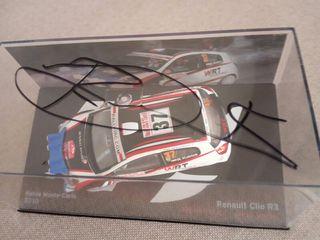 Clio R3 firmado Robert Kubica