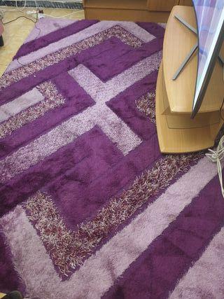 alfombra casi nueva