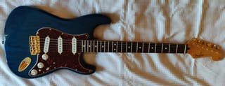 Guitarra Fender Stratocaster Deluxe Series Mex