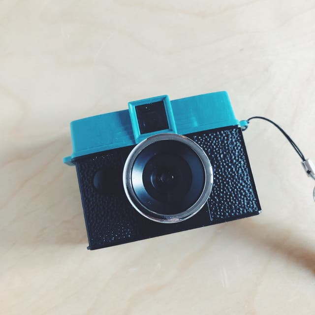 Diana Baby 110 con lente 24mm + lente 12mm