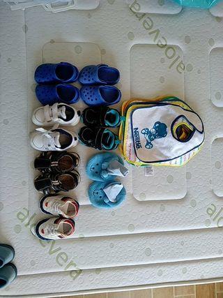 zapatos y 7 baberos