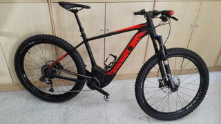 bicicleta Specialized levo 6fattie