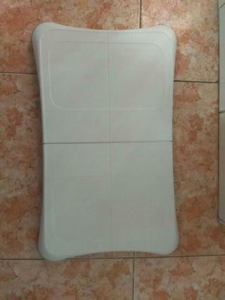 Wii Balance Board + Wii Fit Plus